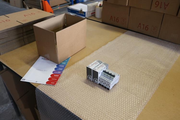 préparation de commande de matériel électrique